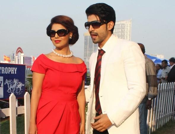 Gurmeet Choudhary, Gurmeet Choudhary debina Bonnerjee become parents, Gurmeet Choudhary debina Bonnerjee adopt girls