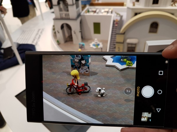 OPPO 5X Dual Camera Zoom Review