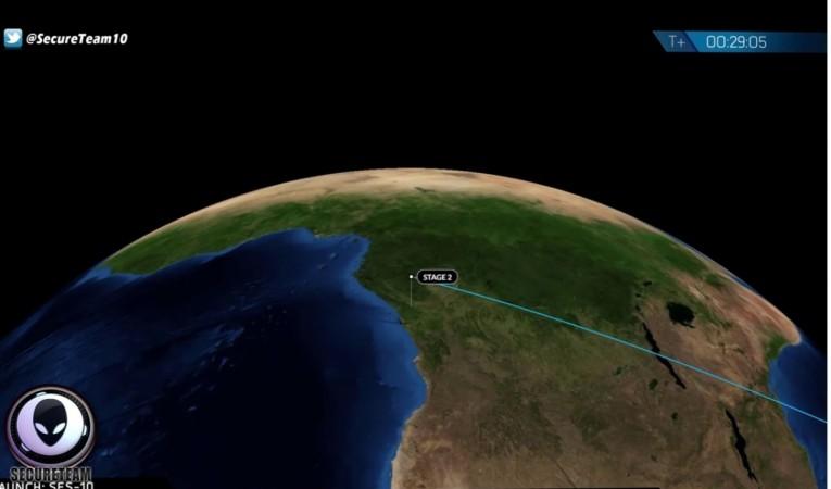326k ufo, SpaceX, weird news, mystery, spotted, alien, spacecraft,