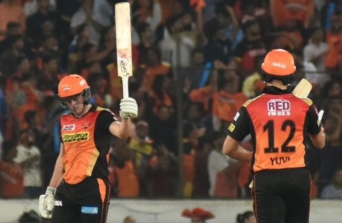Moises Henriques, SRH, RCB, IPL 2017, Yuvraj Singh