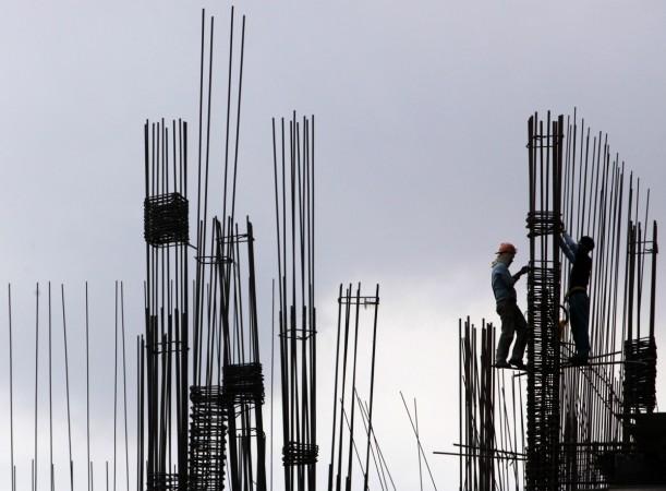 iron rod, labourer, accident, Columbia Asia,