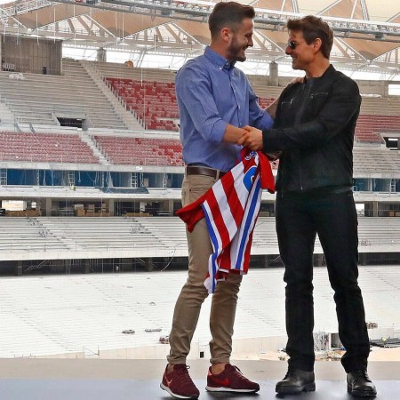 After Vin Diesel and Charlize Theron, Tom Cruise gets Saul Niguez's Atletico Madrid jersey - IBTimes India