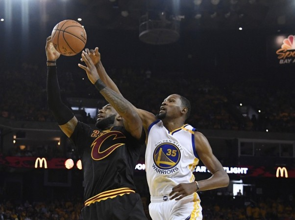 Watch Cleveland Cavaliers vs Golden State Warriors NBA Final Game 3 live - IBTimes India