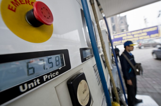 daily petrol price, daily diesel price, fuel prices in india, indian economy, india crude oil imports, petrol pumps, ioc, hpcl, bpcl