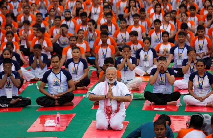 Modi yoga, International Yoga Day