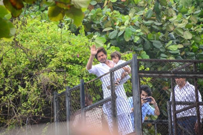Shah Rukh Khan, AbRam at Mannat greeting fans on Eid