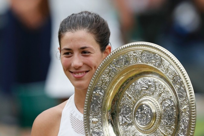 Garbine Muguruza, Wimbledon 2017, trophy, final, Venus Williams