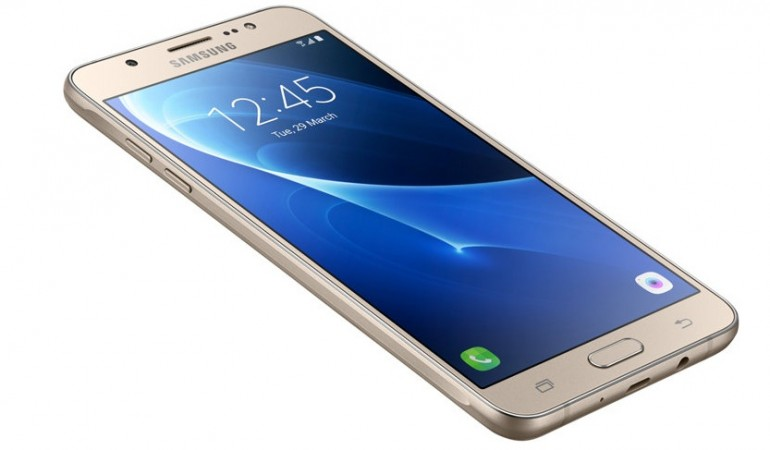 Samsung Galaxy J7 (2016) as seen on its website