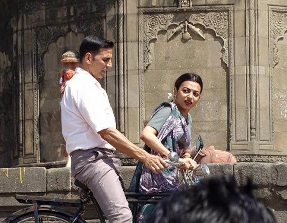 Akshay Kumar, Radhika Apte in Padman