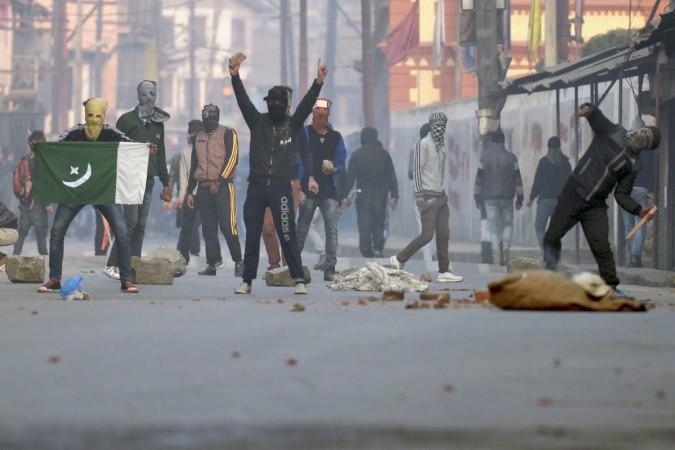 Stone Pelting Kashmir