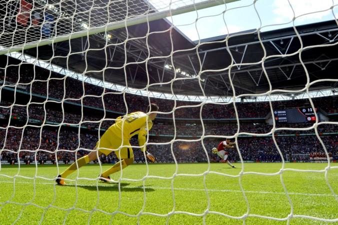 Olivier Giroud, Arsenal, Chelsea, ABBA penalty
