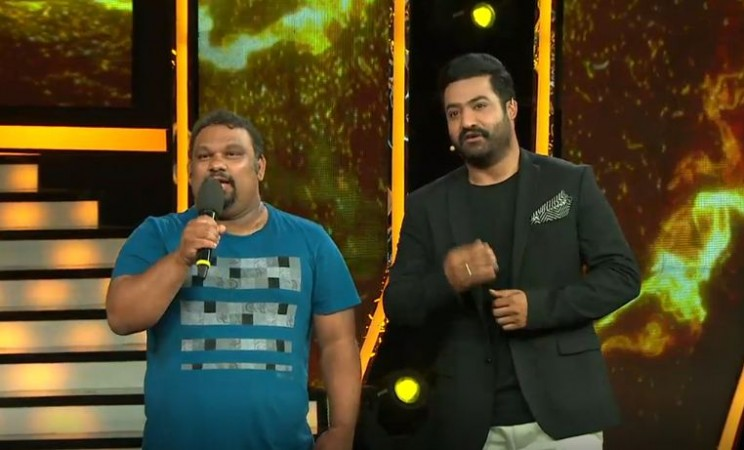 Mahesh Kaththi with Jr NTR on Bigg Boss Telugu