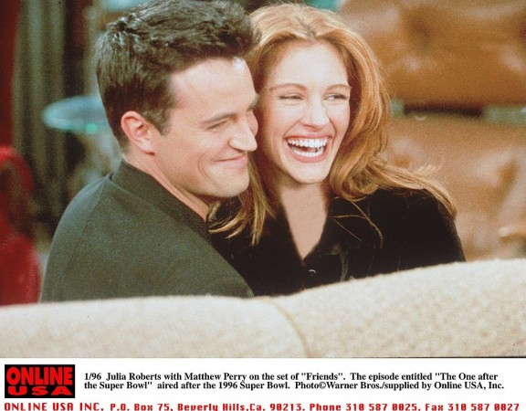 Mathew Perry with Julia Roberts