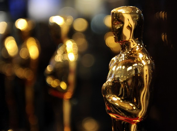 Overview of Oscar statues