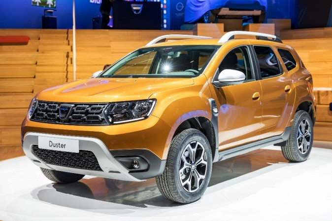 2018 renault duster likely to make india debut at auto for Interieur nouveau duster
