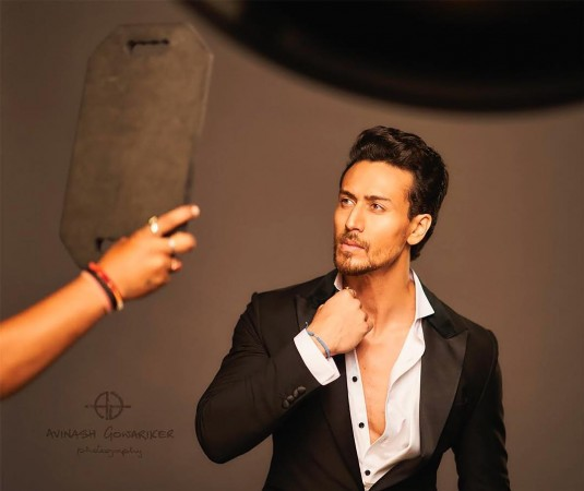 Tiger Shroff Kills It With His Cool New Hairdo Ibtimes India
