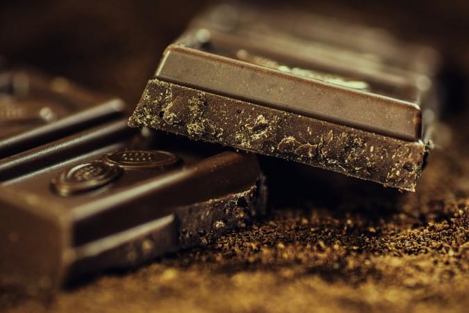 chocolate, dark chocolate