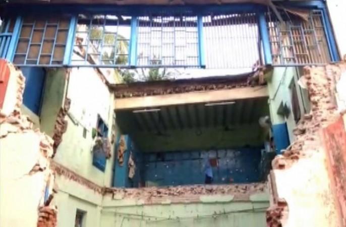 Nagapattinam roof collapse