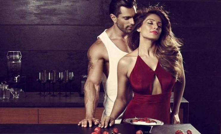 Bipasha Basu, Karan Singh Grover condom Ad