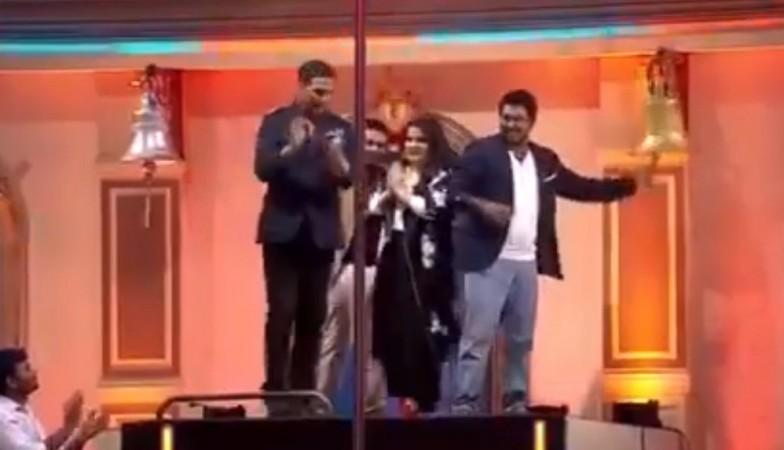 Akshay Kumar, mallika Dua, Vinod Dua