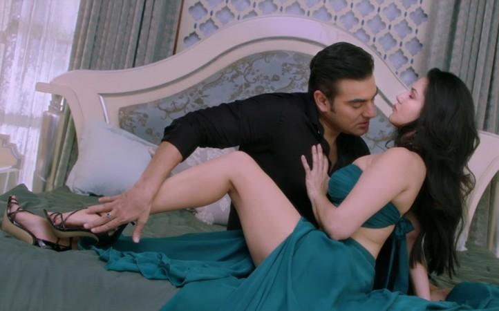 Sunny Leone Arbaaz Khan Tera Intezaar Trailer