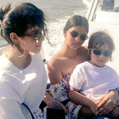 Suhana Khan with little brother AbRam