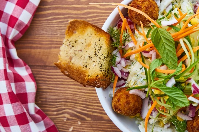 salad, health, fats, weight gain,