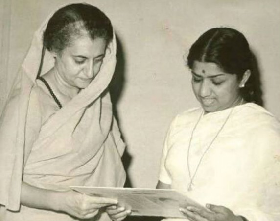 Lata Mangeshkar with late Prime Minister Indira Gandhi