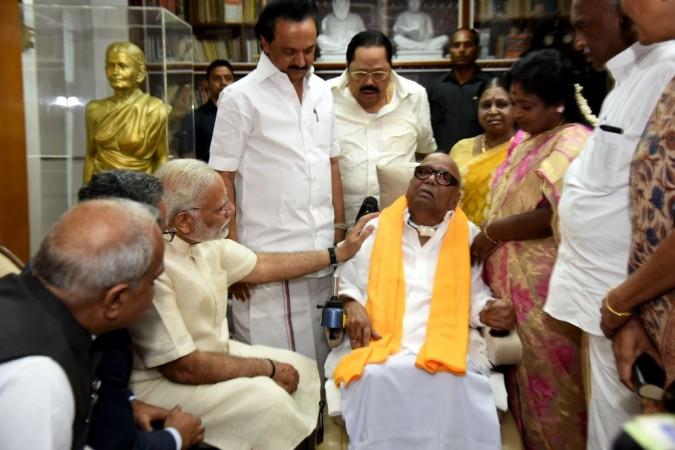 Modi meets Karunanidhi