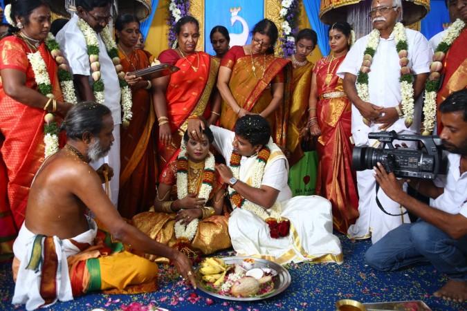 Nalan Kumarasamy ties the knot with Saranya