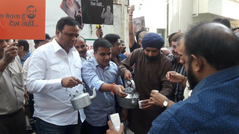 BJP distributes tea