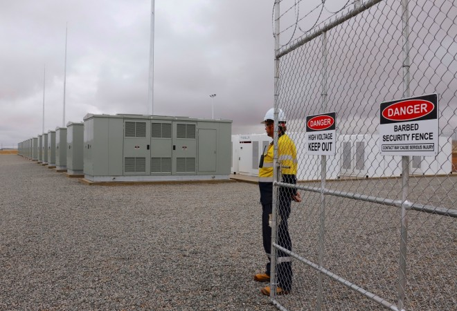 Tesla world's largest li-ion battery