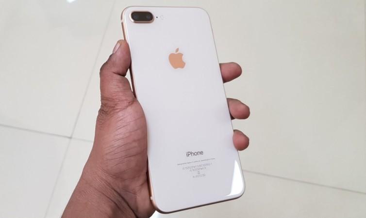 Apple, iPhone 8 Plus, review, design language