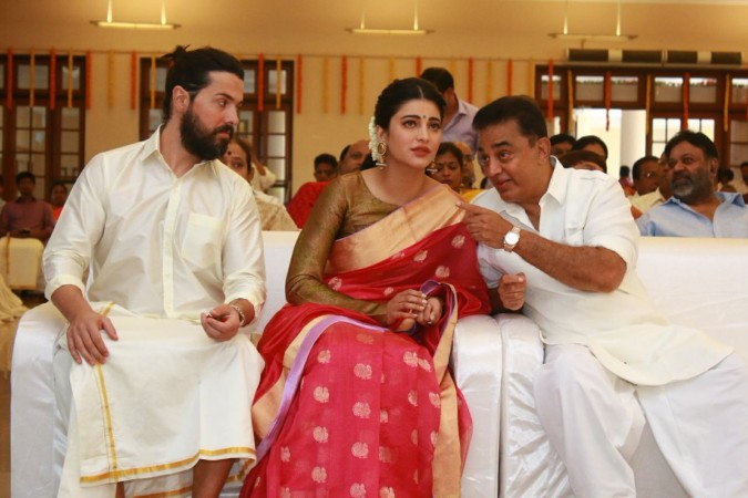 Michael Corsale with his rumoured girlfriend Shruti Haasan and her father Kamal Haasan