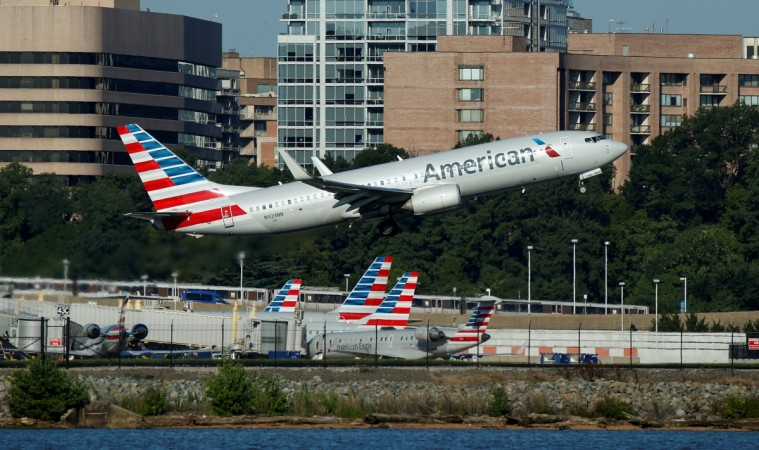 Video captures disruptive passenger being kicked off American Airlines flight