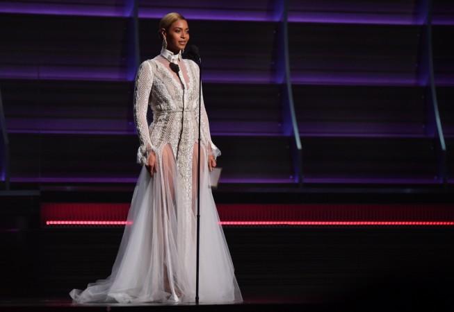 Beyonce Wedding gown grammys 2016,