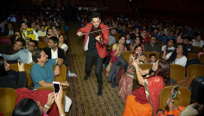 Akhil Akkineni performance at Hello US tour