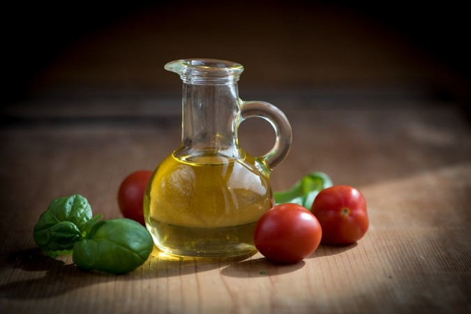 tomato, olive oil, antioxidants,