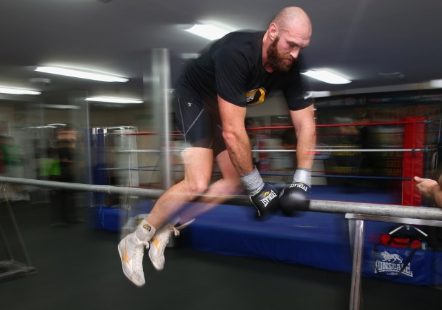 4 stone weight loss from 3,500 calories-a-day diet? Boxer Tyson Fury shows us how - IBTimes India
