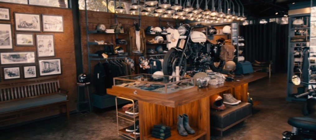 Royal Enfield Garage Cafe gear store