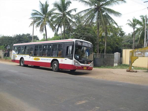 Karnataka shocker: Unaware driver drags dead man under bus