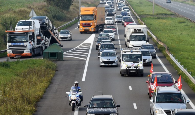 FRANCE-POLITICS-LABOUR-LAW-TRANSPORT-PROTEST