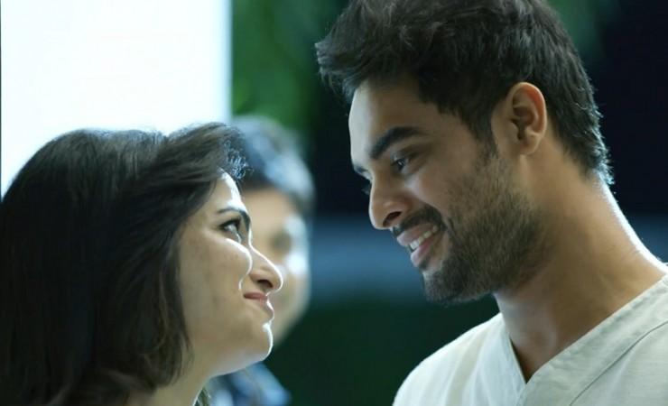 Dhivyadarshini with Tovino Thomas in Ulaviravu song