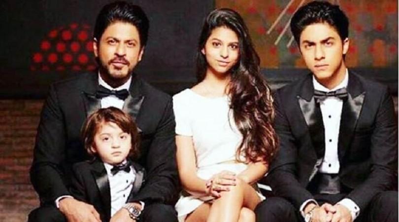 Shah Rukh Khan, AbRam, Suhana, Aryan