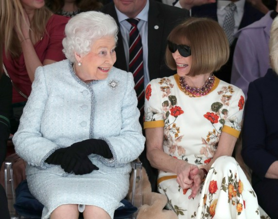 anna wintour and queen