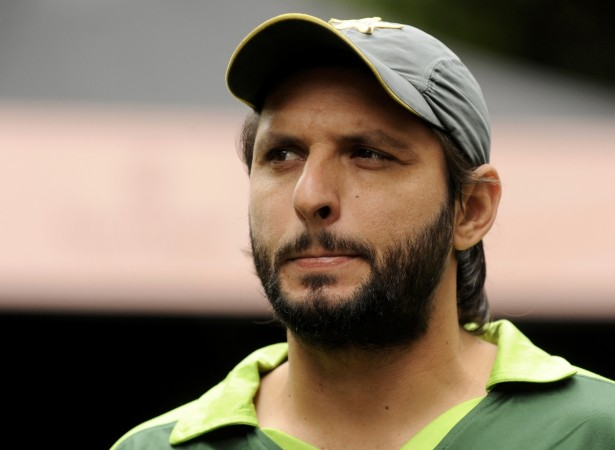 Shahid Afridi draws controversy over tweet on Kashmir