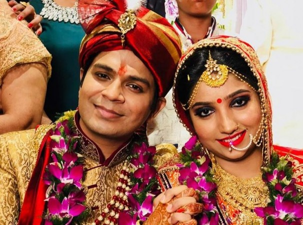 Ankit Tiwari shares first photo with wife after wedding