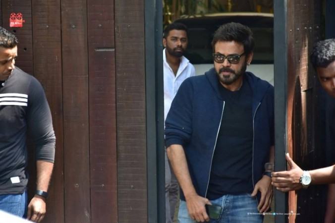 Venkatesh visits Anil Kapoor's residence to pay his last respects to Sridevi