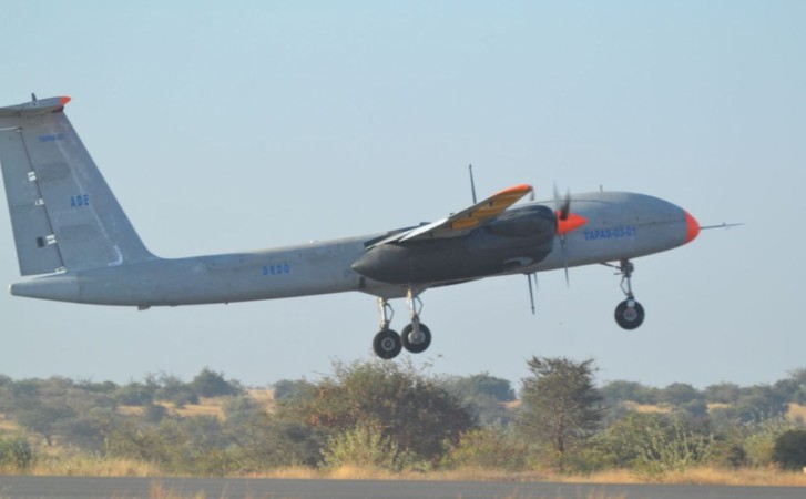 Rustom 2, DRDO, test flights,