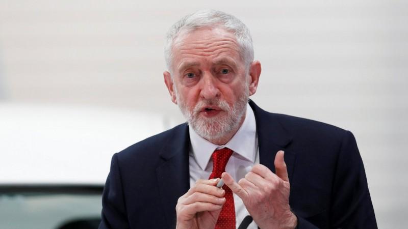 Labour party leader Jeremy Corbyn pledges new customs union